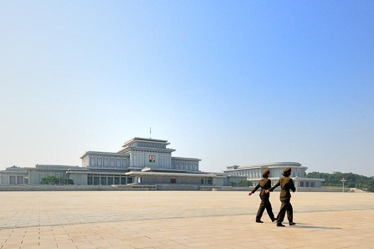 Photography by David De Vleeschauwer and the Vice Guide to Travel: North Korea | www.alicia-carvalho.com