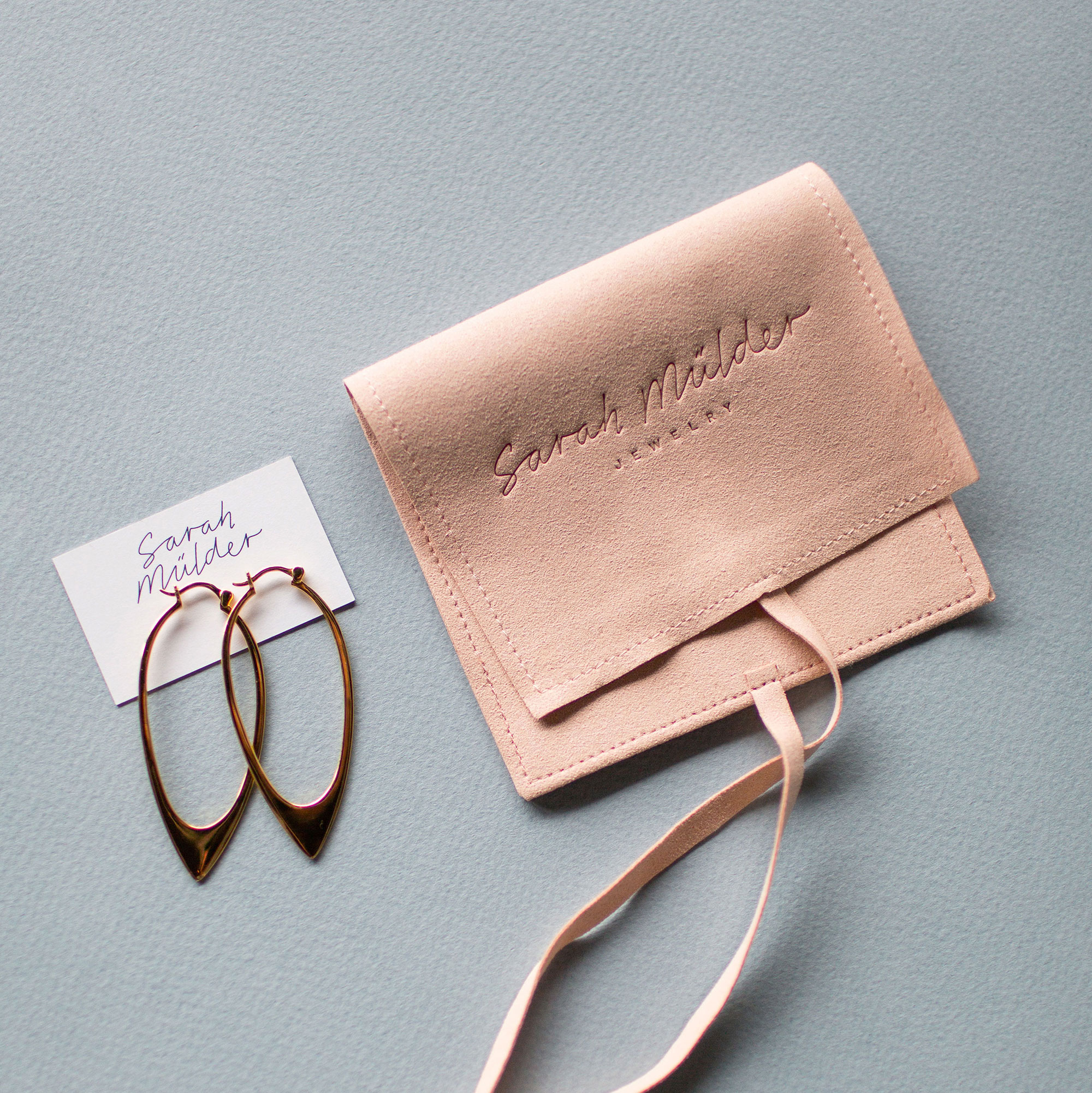 Sarah Mülder Vancouver Jewelry custom branded packaging pieces | www.alicia-carvalho.com